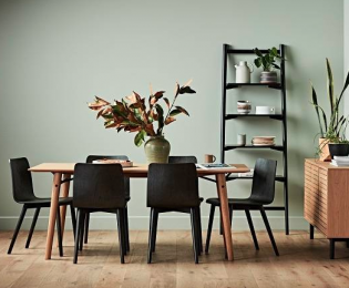 TM Dining Set